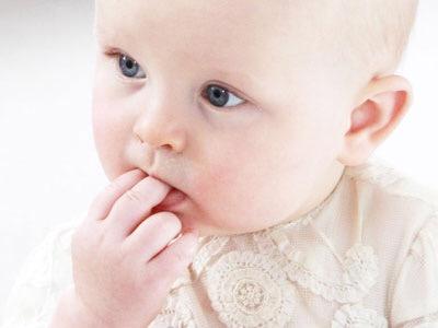 早く押さなくちゃ!赤ちゃんみたいなプリプリお肌には美肌スイッチが重要♡